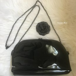 Chinese  Fashion glossy black chain bag makeup organizer good quality designer messenger tote bodycross bag vip gift manufacturers