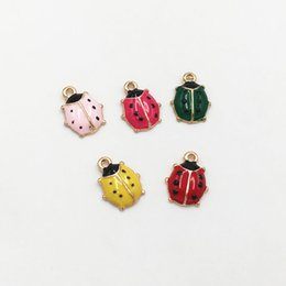 China Wholesale Fashion 20pcs Alloy Enamel Cute Animal Beetle Charms Gold Plated Ladybug Pendants DIY for Jewelry Making 11*8mm Free Shipping suppliers