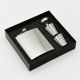 Gift boxes 17 online shopping - Wine Pot Gift Box Set Hip Flasks Easy To Carry Leak Proof Stainless Steel Flagon Portable oz jz C RW