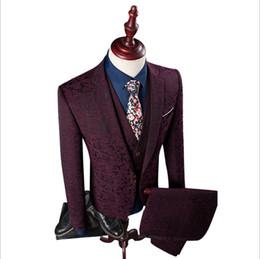 China 3 Pieces Slim Fit Suits Men 2018 Blazer+Vest+Pants Fashion Mens Suits floral Print Party Costume Homme Wedding Dress suit supplier classic wedding men dresses suppliers