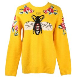 crew pullover sweater Canada - 2018 autumn new style Crew Neck bee Flowers Embroidery sweater casual ong sleeved knitted coat tops fashion Women's Pullover Jumper