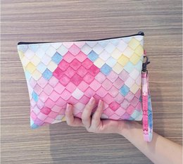 $enCountryForm.capitalKeyWord NZ - Women Fashion Fish Scales Canvas Handbag Zipper Wallet Clutch Tote Handbag Travel Bag Makeup Cosmetic Bags