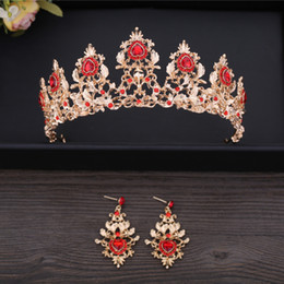 cheap crowns tiaras Canada - Attractive 2018 Wedding Accessories Rhinestones Bridal Tiaras Cheap Gold Pageant Crowns Hair Accessories Headpiece High Quality