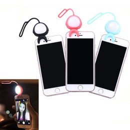 alien lamps UK - Super Cute Alien Taki 2 in 1 Selfie Phone fill-Light MARTUBE Selfie LED Lamp Remote Control Self-timer For Smartphone Selfie Photo