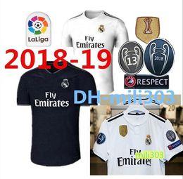 18 19 Real madrid Soccer Jersey Ronaldo Modric Kroos Sergio Ramos Bale 2018  2019 ASENSIO ISCO Champions League 13 cup football Shirt uniform 059d406cb