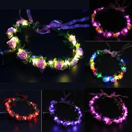 Vente en gros Clignotant LED Glow Rose Couronne Bandeaux Light Party Rave Floral Cheveux Guirlande Couronne De Mariage Fleur Fille Headpiece Décor