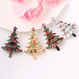 mexican christmas party decorations Australia - Fantstic 4Colors Christmas Tree Rhinestone Pin Brooch Designer Brooches Badge Metal Enamel Pin Broche Women Luxury Jewelry Party Decoration