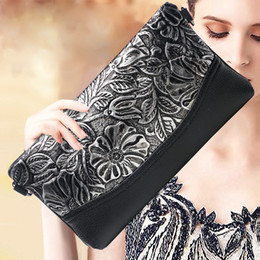 Multi Color Hand Bag Australia - Women Genuine Leather Alligator Embossed Wristlet Hand Clutch Bag Female Lady Mini Envelope Bags Evening Shoulder Messenger Bag