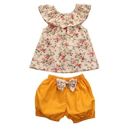 China Summer Baby Girl Clothes Flower Outfit Top+Shorts 2-piece set Bowknot Outfits Kid Casual Clothes Girls Lovely Boutique Costume Clothing supplier cute casual spring outfits suppliers