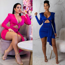 Tight Chest Dresses NZ - Explosion Fashion Women Bodycon Dress Long Sleeve Sexy Chest Hollow Pencil Tight Dress Club Wear Elegant Party Dresses Women Clothing