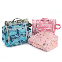 Waterproof camouflage clothing online shopping - Waterproof Portable Camouflage Cosmetic Bag For Travel Storage Bags Practical Oxford Sturdy High Capacity Handbag High Quality pf Z