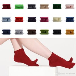 Couple football online shopping - Free DHL Color Casual Business Toe Socks Solid Color Short Ankle Socks Cotton For Couple Breathable Printed Two Finger Toe Socks G521S