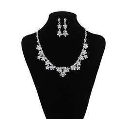 Bridal Jewelry Tiara Sets UK - Cheapest !! Only 9.99 !! Bridal Jewelry 1 Set Bride Necklace Earring Crown Tiaras Wedding Party Accessories Free Shipping Summer