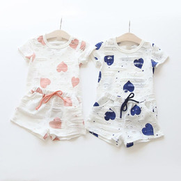 $enCountryForm.capitalKeyWord Australia - Kids Girls Clothing Sets 2018 Summer Heart Printed T Shirt+Short Pants Children's Clothing Suits 2pieces Casual Cotton Sets