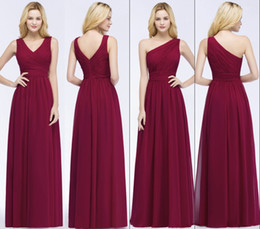 China Cheap Simple One Shoulder V-neck A Line Bridesmaid Dresses 2 Styles Ruched Chiffon 2018 Wedding Party Bridesmaids Dresses cheap simple chiffon one shoulder wedding dress suppliers