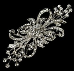 easter brooches Australia - 2018 New arrival charm women Vintage Silver Bunch Flower Design Crystal Brooch 101