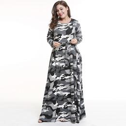 0d81f25cca Europa y los Estados Unidos de gran tamaño de otoño e invierno usan hembra  falda mm de espesor 2018 nuevo vestido de camuflaje falda larga