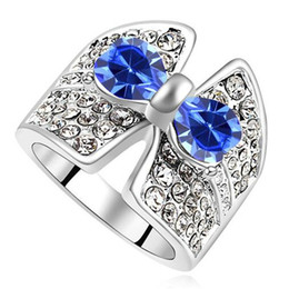 swarovski stone plate Australia - Blue Rhinestone Bowknot Rings made with Crystals from Swarovski Elements Wedding Women Bands Fashion Jewelry White Gold Plated 17958
