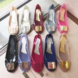 552ff028f8d5 2018 new Women Jelly shoes PVC Jelly flat shoes Fashion women comfort  loafers Summer sandals Beach shoes size 35-40