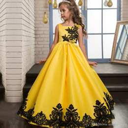 Yellow Lace Gown Girls Australia - Elegant Yellow Ball Gown Flower Girl Dresses Cute Square Lace Appliques Sleeveless Floor Length Satin Pageant Dress for Kids Custom