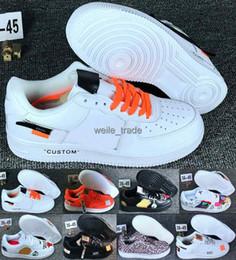 قبالة جديد وصول قوات رجل إمرأة 1 أحذية التزلج مصمم واحد أبيض أسود أزياء عارضة الاحذية الرياضية أحذية رياضية المدربين chaussures