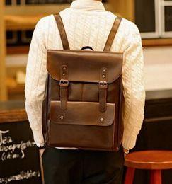 Ocio tendencia crazy horse leather hombres mochila mochila vintage locomotoras contratados clamshell estudiantes bolsa de viaje mens paquete de la marca en venta