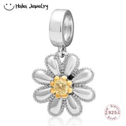 $enCountryForm.capitalKeyWord Australia - Haha Jewelry Spring Series Daisy Flower Charm Authentic 925 Sterling Silver Gold Plated Bead for Pandora Charms Bracelet Making