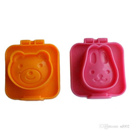 Wholesale Sushi Mould Cute Rabbit Bear Rice And Vegetable Mold DIY Bread Cake Biscuits Embossing Device Plastic Molds Non Toxic 2 5sr ZZ
