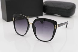 summer sunglasses uv UK - 0042 Popular Sunglasses Luxury Women Brand Designer 0042S Square Summer Style Full Frame Top Quality UV Protection Mixed Color Come With Box