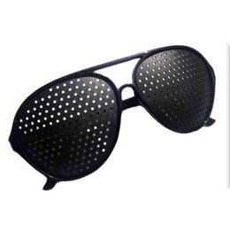 2018 Горячие продажа дешевые черный унисекс зрение уход Pin отверстие очки обскура очки глаз упражнения зрение улучшить пластиковые DHL бесплатная доставка