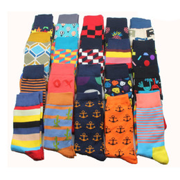 Wholesale happy socks resale online - 26 Colors Brand Quality Mens Happy Socks Striped Plaid Socks Men Combed Cotton Calcetines Largos Hombre PAIRS