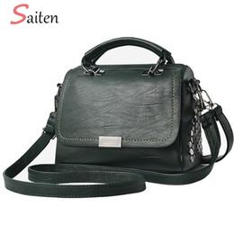 Multi Color Ladies Handbags Australia - Luxury Designer Leather Women Handbags Fashion Rivets Crossbody Bags For Women Casual Tote Bag Large Size Ladies Handbag Sac a