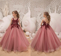Discount maroon flowers - 2018 Elegant Pink Flower Girls Dresses For Wedding Party Holiday Maroon Applique Girls Pageant Dresses Customize Tulle L