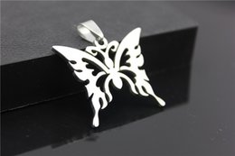 Wholesale 1pcs stainless steel hollow butterfly charm necklace animal insect butterfly bee necklace butterfly effect pendant charm necklace jewelry