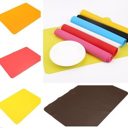 InsulatIon pad waterproof online shopping - The latest thickened waterproof silicone placemat baking insulation pad desk mat student children non slip table mat anti slip mat D6I003