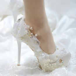 $enCountryForm.capitalKeyWord UK - Princess Girls Sweet Fairy Shallow Flower Lace Custom Pearls High Heel Round Head 34-43 Wedding Bride Wearing Shoes