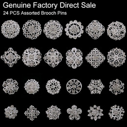 $enCountryForm.capitalKeyWord NZ - 24 pieces Mixed Wholesale Crystal Rhinestones Flower Brooches for Wedding Invitation Cake Decoration Bouquet Kit Brooch Pins
