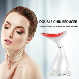 Wholesale Hand held Neck Face Lifting Anti Aging Vibration Deep Wrinkle Removal Beauty Device with Led Light Portable Neck Heat White
