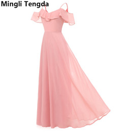 df47c20da3 venta al por mayor 2018 rosa larga gasa elegante dama de honor vestido  simple barco neck spaghetti correas vestidos de dama de honor vestido longo