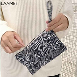 minimalist handbags 2019 - Laamei Women Cartoon Handbag Lady Day Clutches New Fashion Small Flap Simple Purse Female Casual Bags Women Minimalist B