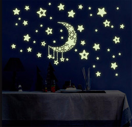 Discount cartoon glow dark stickers - Fashion Glow In The Dark Stars Stickers Wall Decal Noctilucent Luminous Bedroom Gift Home Decor Wall Stickers A2143c