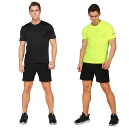 Gym Jogging Suit Men Canada - Quick Dry 2017 Sport Running Set Compression Fitness Gym Jogging T shirt Breathable Short Training Suits Running Clothes For Men