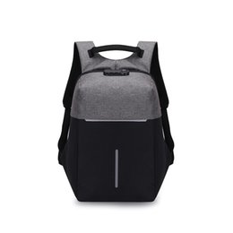 $enCountryForm.capitalKeyWord UK - Backpack with Night Reflective Stripe and USB Charging Port and Safety Lock Outdoor Night Safety Travel Business Anti-theft Backpack