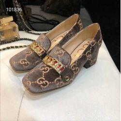 d3a399858201 Women Wedge summer boots online shopping - 5 CM WOMEN CHUNKY LOGO EMBOSS  FLAT CHAIN PUMP