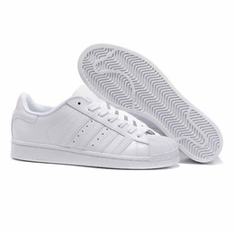 Dark Navy Shoes UK - Cheap Women White Hologram Sneakers Super Star Speed Trainer Men Casual leather Shoes 36-44 dd2