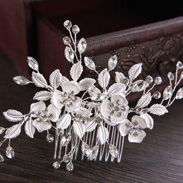 $enCountryForm.capitalKeyWord Australia - Beautiful Crystals Bridal Hair Combs Leaf Flower Hair Accessories Cheap Bridal Jewelry Hair Tiaras New Bridal Hairpieces Wholesale