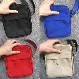 Sup 44. ° paquete Pecho Unisex Fanny Pack Moda Bolso de la cintura Hombres Lienzo Hip-Hop Cinturón Bolso Hombres Messenger Bags 18ss Bolso pequeño