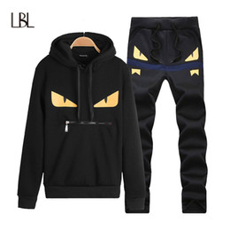 спортивные костюмы мужские оптовых-LBL Casual Mens Tracksuit Hip Hop Sweat Suits Sets Hooded Tracksuits Male Streetwear Jogger Top Sweatpants Set Plus Size