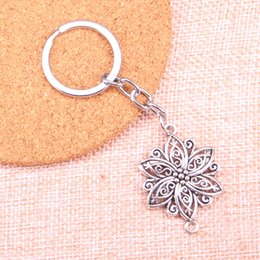 Pendant Connector Rings Australia - Fashion 28mm Key Ring Metal Key Chain Keychain Jewelry Antique Silver Plated flower connector 39*28mm Pendant