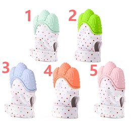 Wholesale Baby Gloves Teething Mitten BPA Safe Silicone Teether Toy Mini Mitt Chewable Glove let baby more healthy